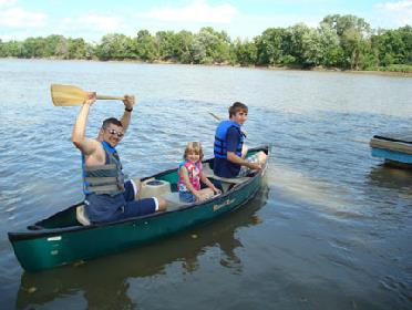 Canoeing on the Des Moines River